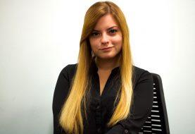 Victoria 'Vikkikitty' Perez de la CRF est la nouvelle voix électrique du sport électronique