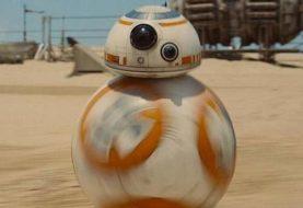 Voir l'évolution de BB-8 dans une nouvelle featurette 'Star Wars: The Awakens Force'