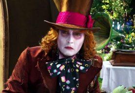 Les couvertures roses 'White Rabbit' dans le nouveau trailer de 'Alice Through the Looking Glass'