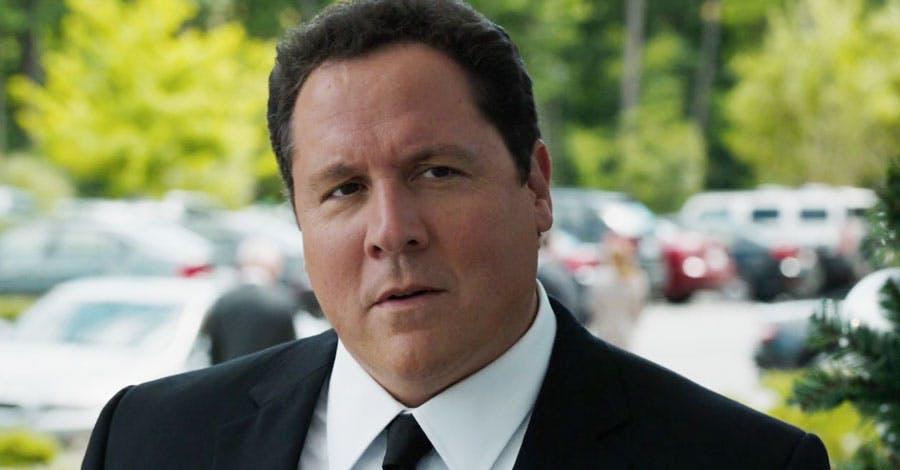"Jon Favreau Praises Spider-Man, Tony Stark Portrayal in ""Captain America: Civil War"""