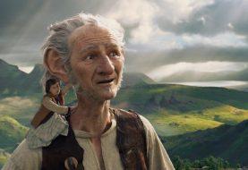 """Critique: """"The BFG"""" de Disney est une grande mademoiselle pour Spielberg"""