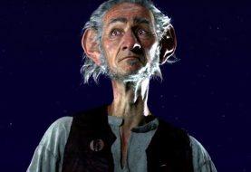 """Spielberg à propos du conte magique """"The BFG's"""", travailler avec Disney et créer la blague ultime sur les fart"""